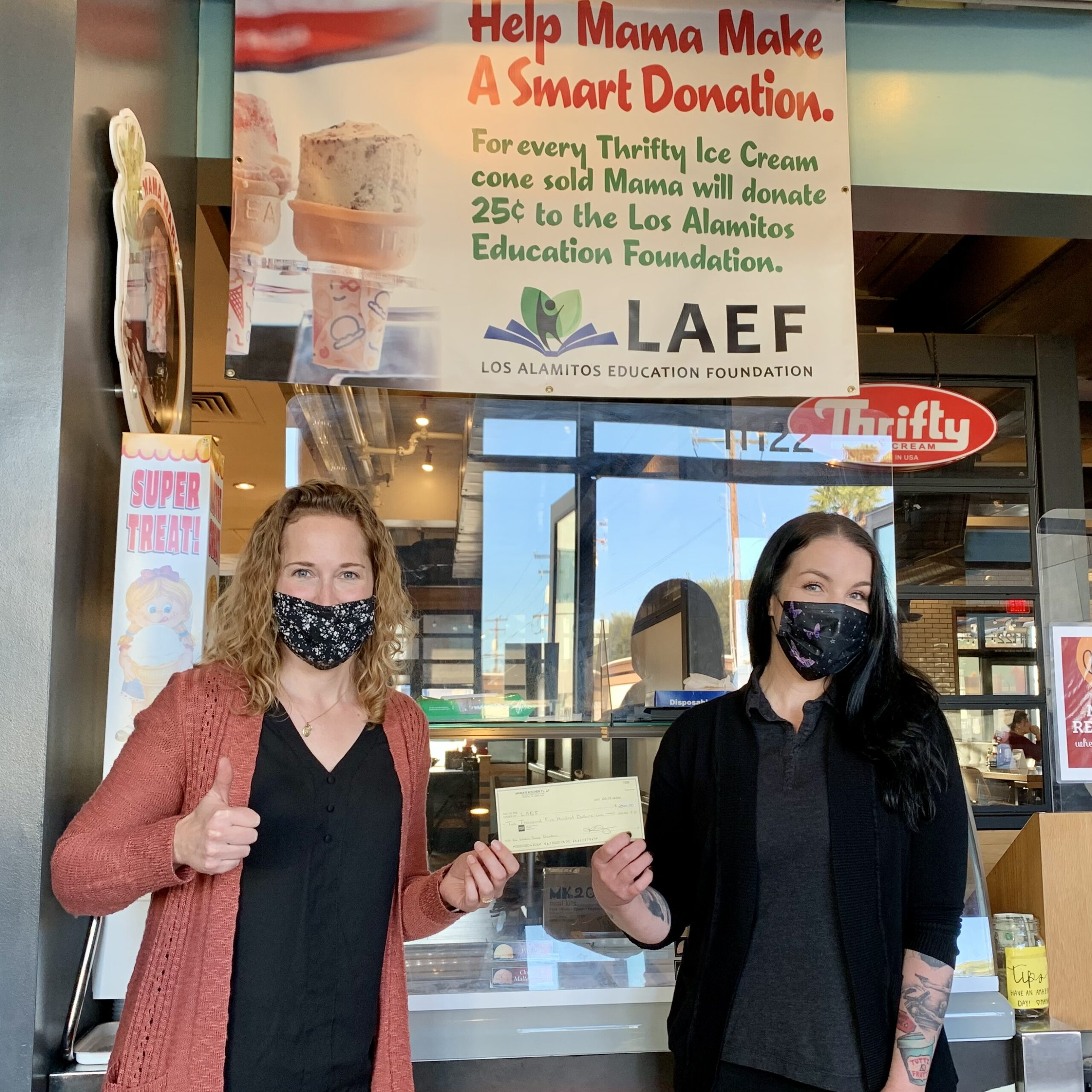 Mama's Donates $2,500 to LAEF!